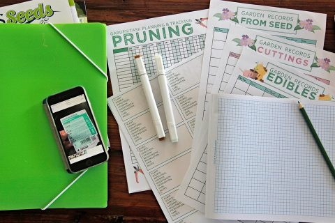 Creating a garden journal using worksheets and folder